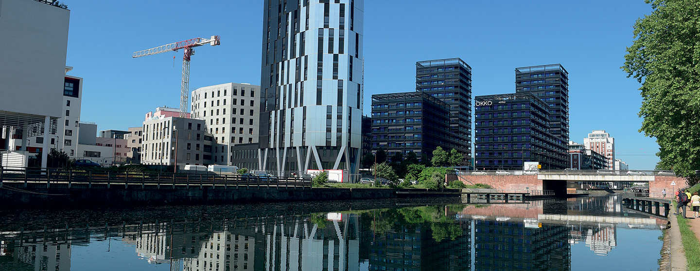 Ecoquartier du Danube vu sur les Black Swans
